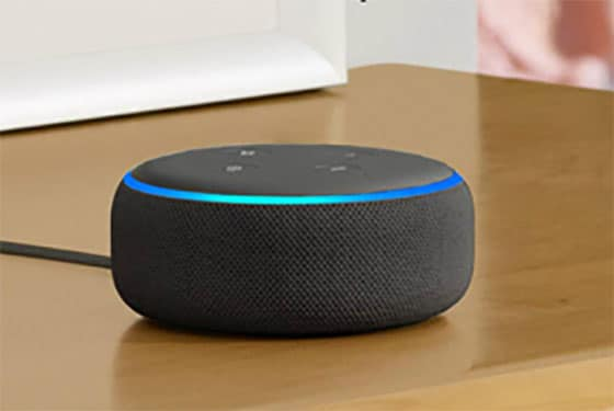 Le haut-parleur echo d'Amazon